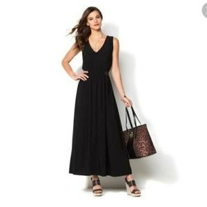 IMAN Global Chic Luxury Resort Knockout Maxi Dress